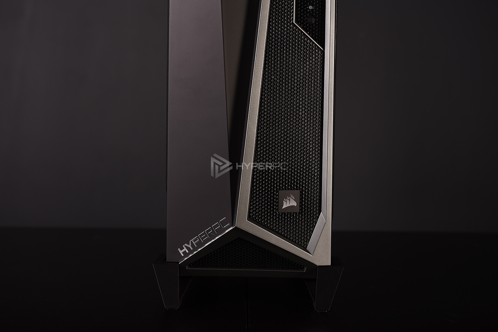 corsair spec-alpha black-silver live photo 05