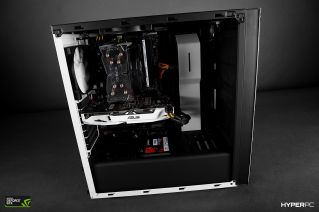 nzxt s340 red square photo 06